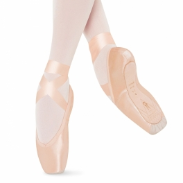 bloch tiomphe pointe shoe with suede cap